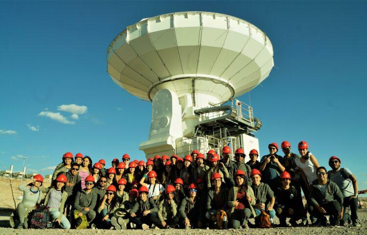 imagen grupal del equipo de Ciencia Joven